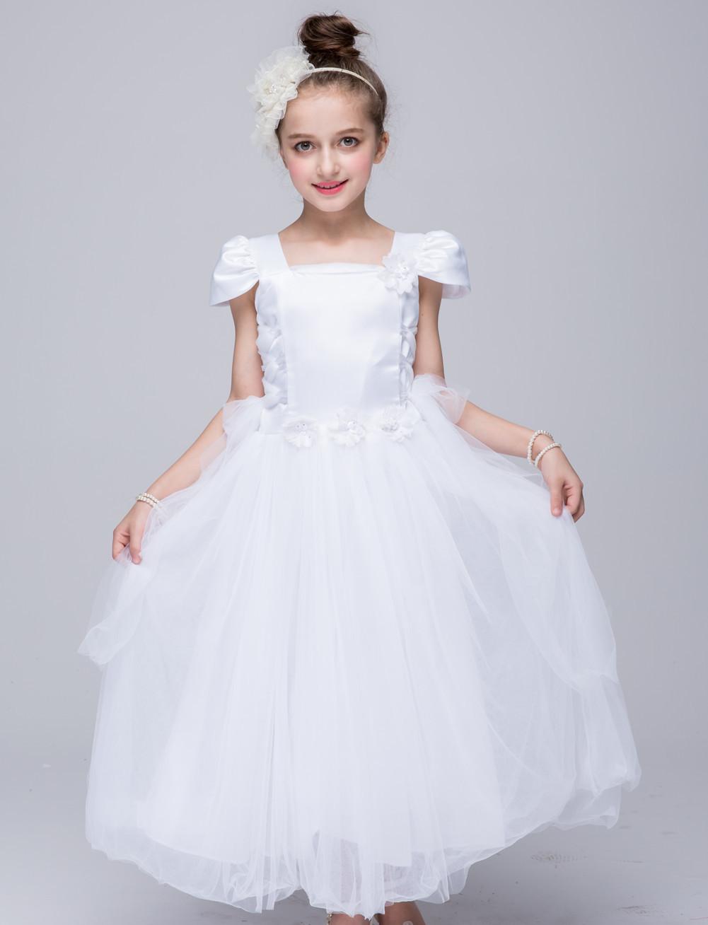 Girls dress long section of high-end wedding dress petals
